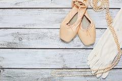 Zapatos y apoyos de ballet en etapa Foto de archivo