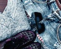 Zapatos y ropa Foto de archivo libre de regalías