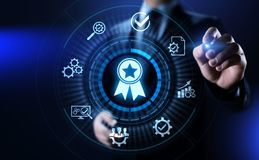 Zapewnienie jakości, gwarancja, standardy, ISO certyfikat i normowania pojęcie, zdjęcia royalty free