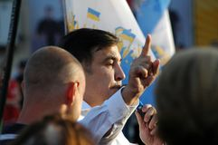 ZAPORIZHIA, UKRAINA †'Wrzesień 21, 2017: Mikheil Saakashvili polityczny spotkanie z ludźmi w kwadracie w centrum Zdjęcie Royalty Free
