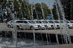 ZAPORIZHIA, UKRAINA Czerwiec 6, 2017: Mitsubishi samochody policyjni przy solenną ceremonią na kwadracie w ZAPORIZHIA, UKRAINA Obraz Royalty Free