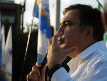 ZAPORIZHIA UKRAINA, Wrzesień, - 21, 2017: Mikheil Saakashvili polityczny spotkanie z ludźmi w kwadracie w centrum Zaporizhia mias Zdjęcie Royalty Free