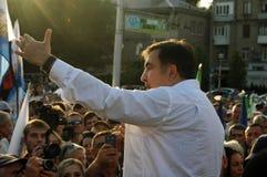 ZAPORIZHIA UKRAINA, Wrzesień, - 21, 2017: Mikheil Saakashvili polityczny spotkanie z ludźmi w kwadracie w centrum Zaporizhia mias Zdjęcia Stock