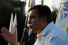 ZAPORIZHIA UKRAINA, Wrzesień, - 21, 2017: Mikheil Saakashvili polityczny spotkanie z ludźmi w kwadracie w centrum Zaporizhia mias Zdjęcia Royalty Free