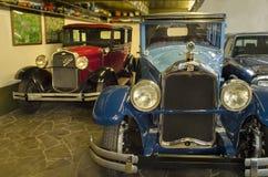 Zaporizhzhia, Украина, 19-ое октября 2017 - музей ретро автомобилей, Форд a и Buick 1927, вид спереди стоковое фото