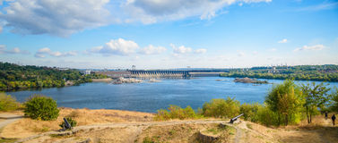 Zaporozhie-Wasserkraftwerk Lizenzfreie Stockfotos