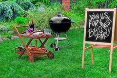 Zaproszenie grilla przyjęcie, Pisać na Blackboard Zdjęcie Royalty Free