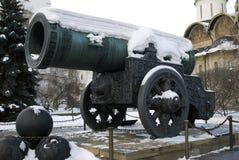 Zar-Kanonen-König Cannon in Moskau der Kreml im Winter stockbild