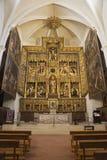 ZARAGOZA SPANIEN - MARS 3, 2018: Det sned huvudsakliga altaret i den kyrkliga Iglesiaen de San Pablo av Damian Forment 151 - 1535 Arkivfoton