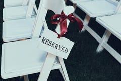 Zarezewowany miejsca siedzące przy ślubem Zdjęcie Stock