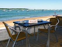 Zarezewowany stół z widokami Obrazy Royalty Free