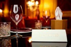 Zarezewowany talerz na stole Obraz Royalty Free