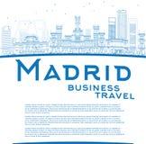 Zarysowywa Madryt linię horyzontu z błękitnymi budynkami i kopiuje przestrzeń royalty ilustracja