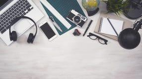 Zasięrzutny widoku biurka bohatera chodnikowiec Obraz Stock