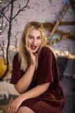 zaskakująca Boże Narodzenie dziewczyna zdjęcia stock