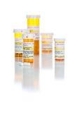 zastrzeżone medycyny recepty butelki i pigułki Odizolowywający Fotografia Royalty Free