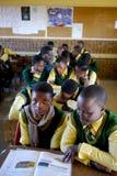 Zatłoczona Afrykańska sala lekcyjna Obraz Stock