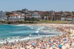 Zatłoczona Bondi plaża Obrazy Royalty Free