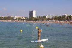 Zatłoczona plaża w Salou, Hiszpania Zdjęcia Royalty Free