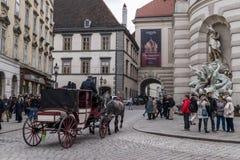 Zatłoczona ulica w Wiedeń Zdjęcie Royalty Free