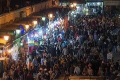 Zatłoczony Jemaa el kwadrat w Marrakesh Zdjęcie Royalty Free