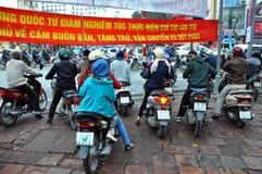 Zatłoczony hulajnoga ruch drogowy w Hanoi, Wietnam Zdjęcie Royalty Free
