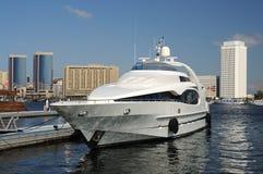 zatoczki Dubai luksusowy jacht obrazy royalty free