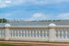 Zatoka Finlandia od bulwaru w Peterhof, Rosja Obraz Royalty Free