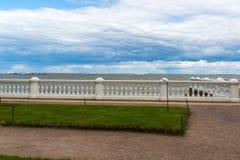 Zatoka Finlandia od bulwaru w Peterhof, Rosja Fotografia Stock