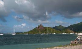 Zatoka i parking jachty na tropikalnej wyspie Philipsburg, Martin Zdjęcia Royalty Free