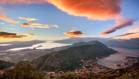 Zatoka Kotor na pięknym zmierzchu, Montenegro Fotografia Royalty Free