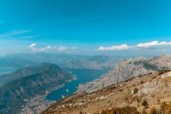 Zatoka Kotor od wzrostów fotografia royalty free
