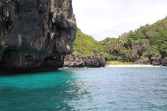 Zatoka przy tropikalną wyspą Obrazy Stock