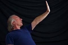 zatrzymywać ręka mężczyzna zatrzymuje Fotografia Stock