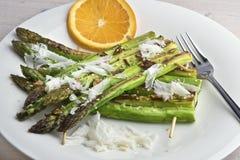 Zattere arrostite dell'asparago dell'aglio e del sesamo Fotografia Stock Libera da Diritti