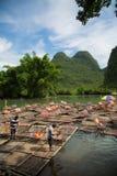 Zattere di bambù su Li River, Cina Fotografia Stock