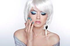 Zauber-Mode-blondes Frauen-Porträt verfassung Lizenzfreies Stockfoto
