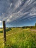 Zaun in der Landschaft stockfotos