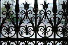 Zaun des bearbeiteten Eisens Stockbilder