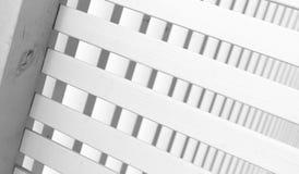 Zaun hergestellt von den Planken Abschluss oben Stockbild