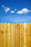 Zaun und Himmel Lizenzfreies Stockbild