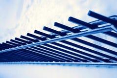 Zaun und Schnee stockfotografie