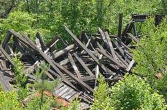 Zawalony Drewniany budynek fotografia stock