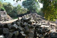 Zawalony galeria Beng Mealea w Siem Przeprowadza żniwa, Kambodża zdjęcia royalty free