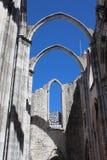 Zawalony sufit i różany okno przy Carmo klasztorem Obrazy Stock