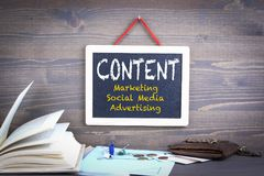 zawartość wprowadzać na rynek, ogólnospołeczni środki i reklama, zdjęcie royalty free