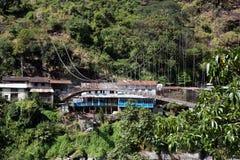 Zawieszenie most na Annapurna obwodzie, Nepal fotografia stock