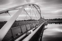 Zawieszenie most nad Tempe Miasteczko jeziorem obraz stock