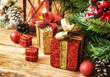 zawijać Boże Narodzenie teraźniejszość Fotografia Stock