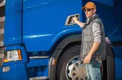 Zawodu kierowca ciężarówki obraz stock